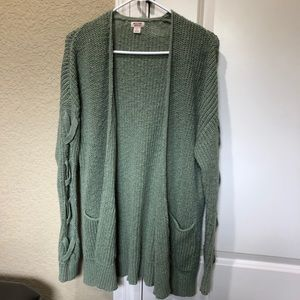 Oversized Green cardigan